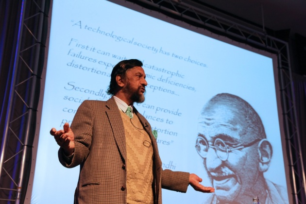 Dr Pachauri addressing Heriot-Watt University for the Sustainable Development Event